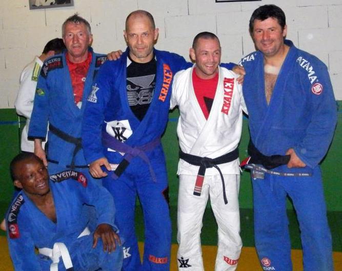 Bruno Hart ceinture noire - Académie Pythagore - Jiu Jitsu Brésilien ... b8454146bd7